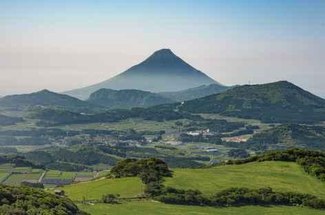 Cône parfait du Mont Kaimondake - Japon -