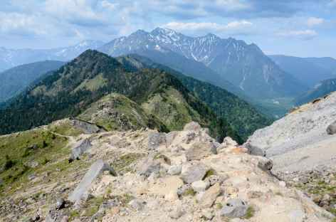 Vue depuis le sommet du Yakedake (2455 m) - Japon -