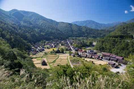 Village traditionnel de Shirakawago, Alpes Japonaises - Japon -