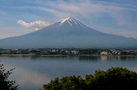 Mont Fuji (3776 m) et lac Kawaguchiko - Japon -