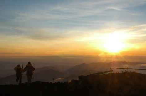 Lever de soleil depuis le sommet du Fuji - Japon -