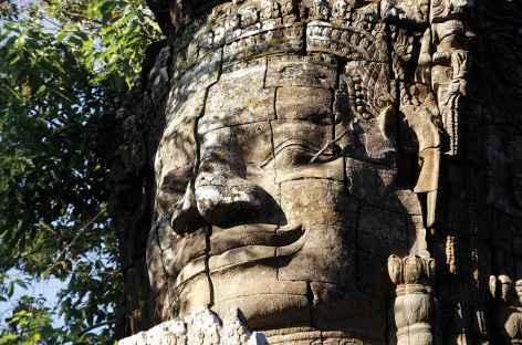 Les célèbres bouddhas souriants du Bayon à Angkor - Cambodge -