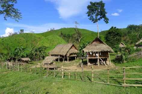 Le village de Ban Pang lors du trek en pays Akha - Laos -