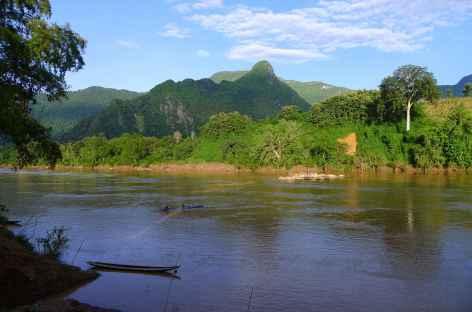 Au bord de la Nam Ou - Laos -