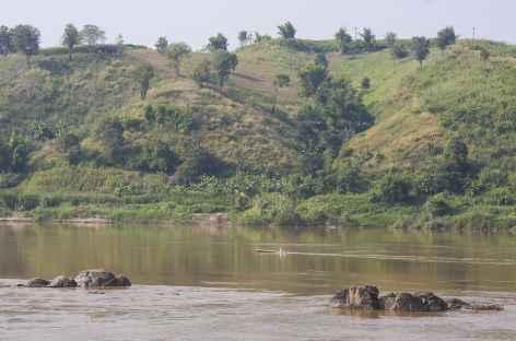 Traversée du Mékong entre la Thaïlande et le Laos -