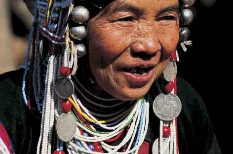 Rencontre avec une femme Akha - Laos -
