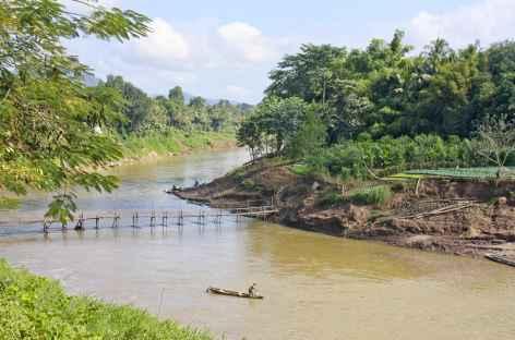 Sur les bords de la Nam Khan à Luang Prabang - Laos -
