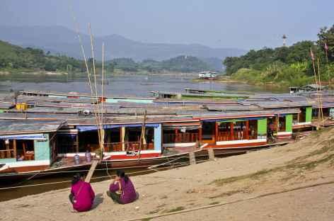 Les berges du Mékong à Houey Xai - Laos -