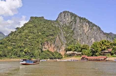 Arrivée aux grottes de Pak Ou - Laos -