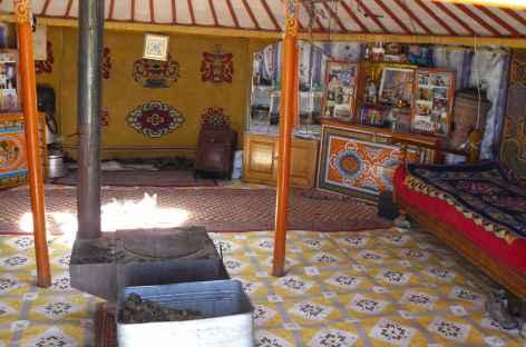 Intérieur d'une yourte, Mongolie -