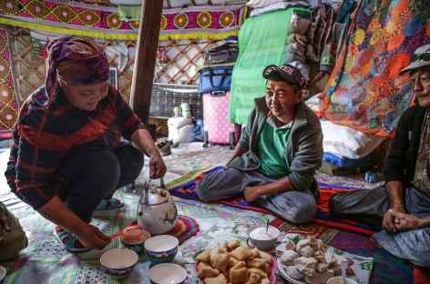 Sous la yourte - Mongolie -