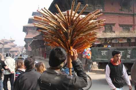 Animation dans les rues de Kathmandu - Népal -