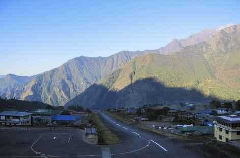 Piste de décollage à Lukla - Nepal -