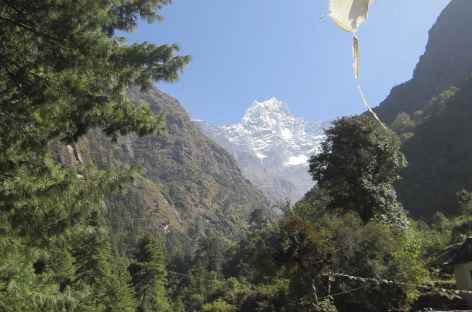Première vue sur les montagnes du Khumbu - Nepal -