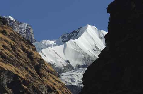Arrêtes éffilées - Népal -