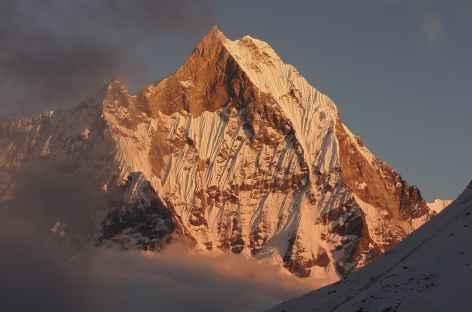 Soleil couchant sur le Machapuchare - Népal -