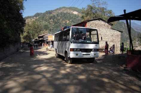 Sur la route au Népal -