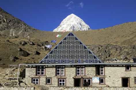 La Pyramide et le Pumori - Népal -