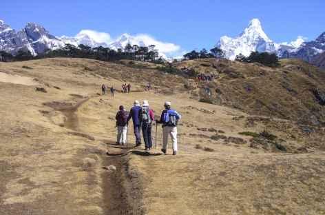 Journée panoramique avec vue sur l'Ama Dablam - Népal -
