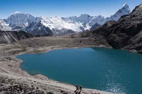 Le lac sous le Kongmala - Népal -