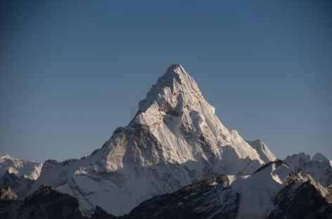 Zoom sur l'Ama dablam depuis le Kala Pattar - Népal -
