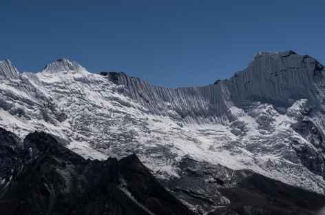 Vue depuis le sommet sur les Ices flutes - Népal -