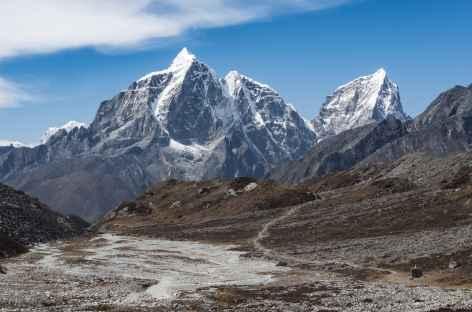 Remontée de l' Imja Khola vallée - Népal -