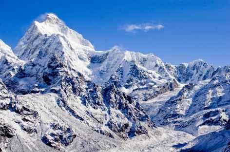 Vue sur le Jannu Kangchenjunga Népal -