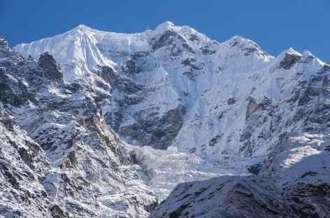 En direction de Kambachen - Kangchenjunga Népal -