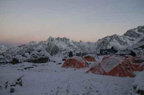 Alpage de Tseleley sous la neige-  Kangchenjunga Népal -