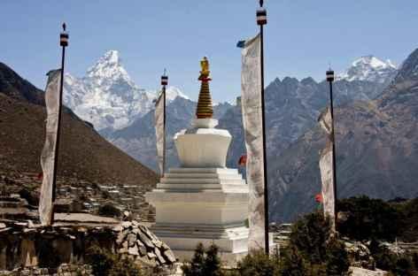 Stupa et Ama Dablam -