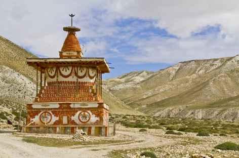 Chorten sur le chemin menant à Lo Manthang (Mustang, Népal) -