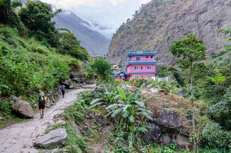 Entre Khorlabesi et Jagat Manaslu -