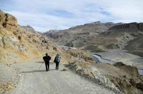 Marche en direction de Tsarang -