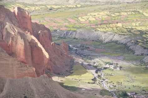 Falaises de Dhakmar Mustang Népal -