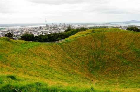 Ville d'Auckland depuis le volcandu Mont Eden - Nouvelle Zélande -