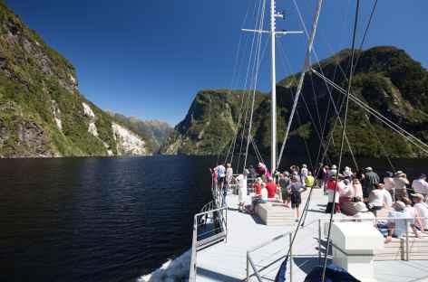 Croisière exceptionnelle dans le fjord du Doubtful Sound - Nouvelle Zélande -