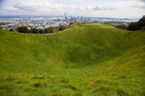 Ville d'Auckland depuis le volcan du Mont Eden - Nouvelle Zéland -