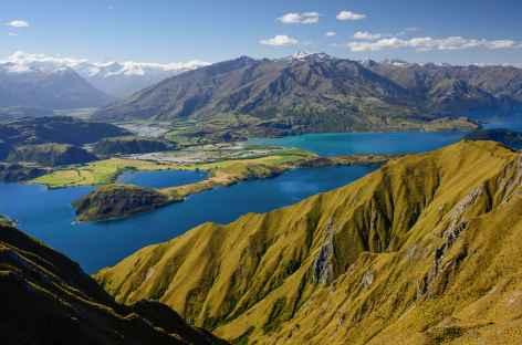 Belvédère du Roys Peak (1578 m) dominant le lac Wanaka - Nouvelle Zélande -