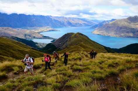 Randonnée à Ben Lomond (1748 m), en contrebas le lac Wakatipu - Nouvelle Zélande -