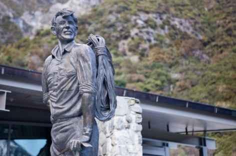 Statue du célèbre alpiniste néo-zélandais Edmund Hillary - Nouvelle Zélande -