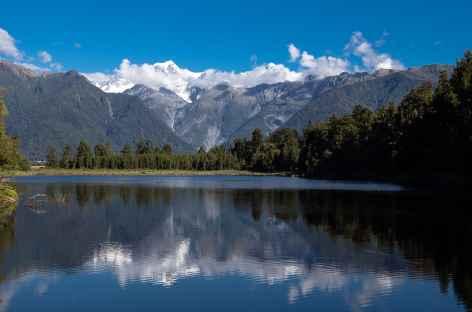 Mt Tasma et Mt Cook depuis le lac Matheson - Nouvelle Zélande -