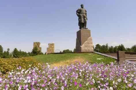 La statue de Tamerlan à Shakhrisabz - Ouzbékistan -