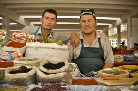 Sur le marché de Samarcande - Ouzbékistan -
