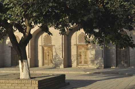 Cour d'une medersa à Samarcande - Ouzbékistan -