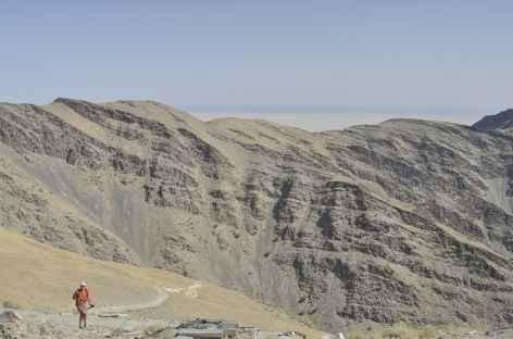 Arrivée au col débouchant sur le plateau de Fozilom - Ouzbékistan -