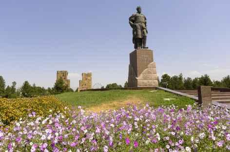 La statue de Tamerlan à Shakhrisab - Ouzbékistan -