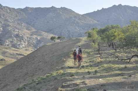 Départ du trek dans la vallée de Tchounkaymish - Ouzbékistan -