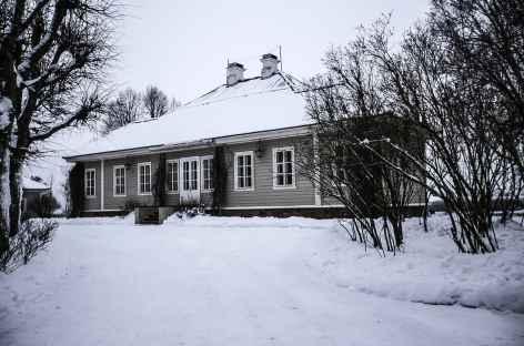 La maison de Pouchkine dans le Parc de Mikhailovskoe -