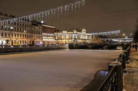 Saint-Petersbourg, les canaux depuis le musée Fabergé -